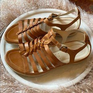Echo Sandals